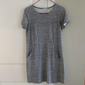 Boden tee shirt dress with pockets
